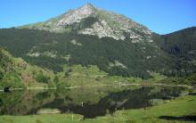 L'étang de Lers au pied du Mont Béas